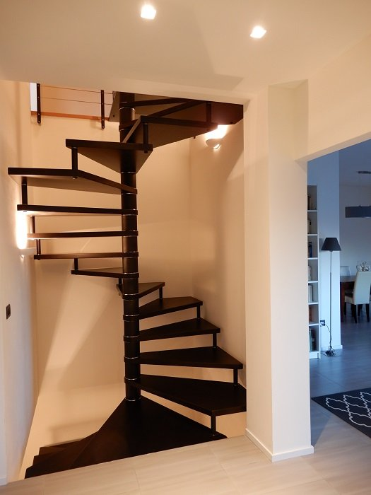 M27 square based spiral stairs spiral stairs for Spiral staircase square